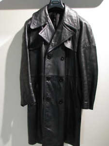 Full length leather coat  in pristine condition - Sears - Sz 42