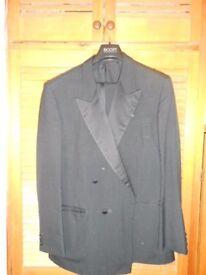 Mans 2 piece dinner suit, shirt, bow tie and cummerbund.