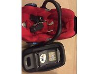 MaxiCosi Family IsoFix(CabrioFix Seat- Red & Adaptoprs Included)