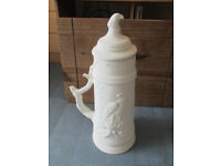 Pottery Craft, Eagle Stein ready to paint, in excellent condition.