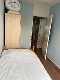 3 BED FLAT TO RENT - JUST 0.2M FROM MOUNT VIEW ACADEMY PECKHAM