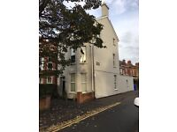 Room to let in large shared house