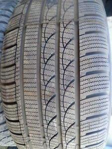 WOW !!!  4 PNEUS HIVER  225/65R17 Imperial Ice-Plus S220 (98% COMME NEUF)