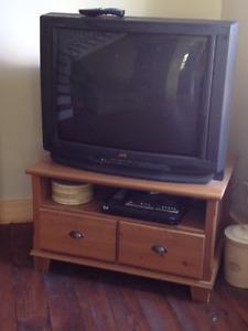 Déménagement : Télévision 32 pouces modele JVC