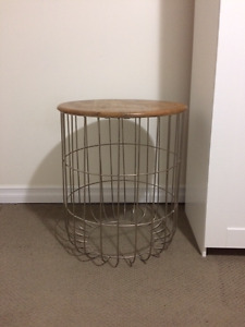 Wooden Top Metal Wireframe Round Side Table