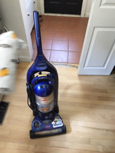 Bissell Bagless Vacuum and Swiffer