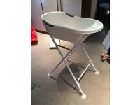 Baby bath tub with stand by Tiptoes in White