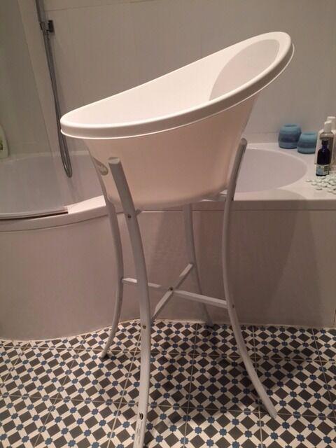 Shnuggle Bath Tub + Bath Stand in very good condition! | in Hove ...