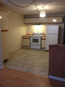 Large bright suite in Strathmore available immediately