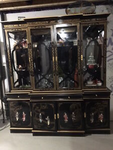 Black lacquered China display cabinet