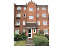 1 bedroom flat in Crosslet Vale, London, SE10
