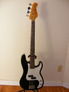 WANTED   ELECTRIC GUITARS, non working or damaged.
