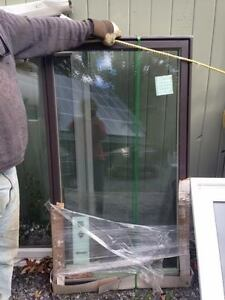 Complete bungalow window set in excellent condition