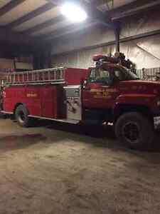 GMC Tanker 1000 Gallon Fire Truck(Only 25671 kms)Inspected!