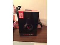BEATS BY DR DRE Solo 2 Headphones - Black (Brand new Sealed)