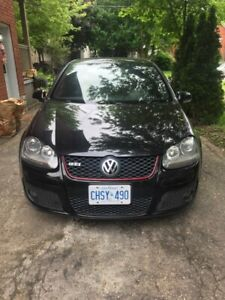 4 door AUTOMATIC GTi Fully loaded/no accidents