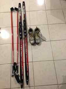 Skis de fond classique junior avec bottes pour femmes