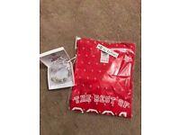 Brand New Girls 16th Birthday Gift - Born 2001 Tshirt and Pandora Style Bracelet