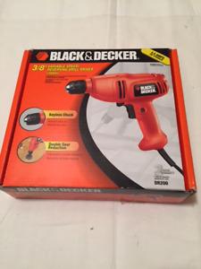 Black & Decker Variable Speed Reversing Drill Driver - NEW