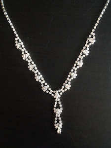 Crystal necklace and earrings set
