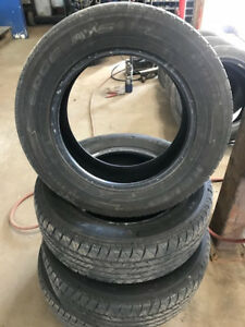 KELLY EDGE ALL SEASONS 215/60R16