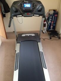 Quality SPIRIT fitness Treadmill with programmable features