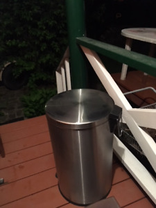 45gall. stainless steel step-on garbage can