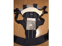 Britax baby carrier with infant insert, navy