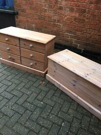 Pine chest of drawers and matching trunk