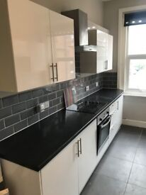 *** Double room, fully furnished in heart of ASHLEY CROSS ***