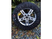VW - Set of 4 winter tyres and alloys, fantastic condition