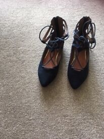 Soft Grey ladies shoes size 3