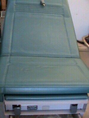Midmark Ritter 104 Medical Patient Exam Table Lite Blue Obgyn Stirrups