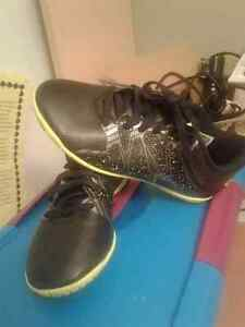 Adidas children's  Size 11 indoor soccer shoes