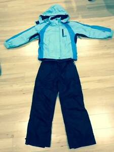Girls Ski Outfit size 10 Nelson Bay Port Stephens Area Preview