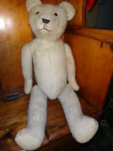 Antique English Teddy Bear c. 1920 West Island Greater Montréal image 1