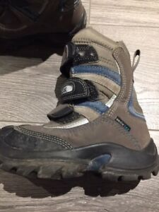 Geox Boys Toddler Winter Boots for Sale!