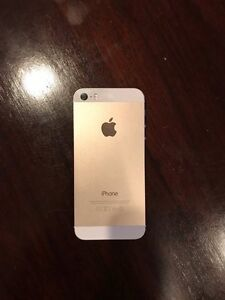 unlocked gold coloured Iphone 5s