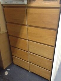5 drawer tall slim chest of drawers. 2 for sale