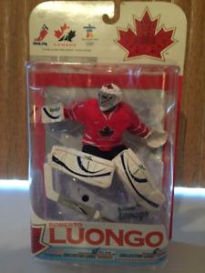 Figurines  ( Mc Farlane) NHLPA 2010 GOLD Roberto Luongo
