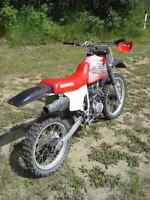 2000 xr200r, $1200 or trade