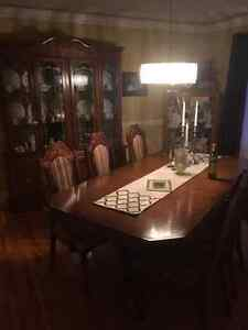 Dining room set, 6 chairs, table and hutch
