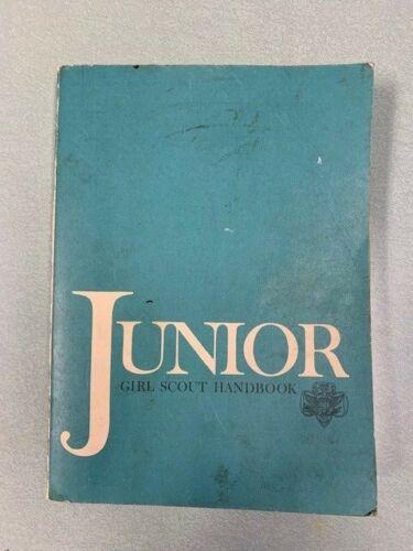 Vintage Junior Girl Scout Handbook Manual GSA ©1963 14th Printing