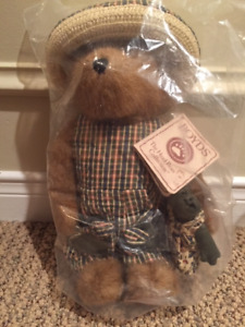 Authentic Boyds Bears - three different sizes
