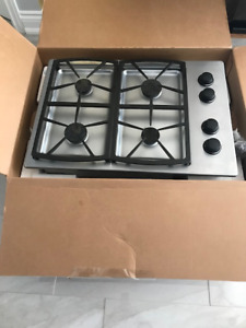 Stainless steel natural gas l 4 burner cooktop