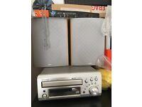 Denon UD-M31 Mirco CD-Reciever & Speakers