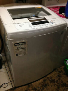 5.2 Cubic Ft. LG Washing Machine in EXCELLENT Condition