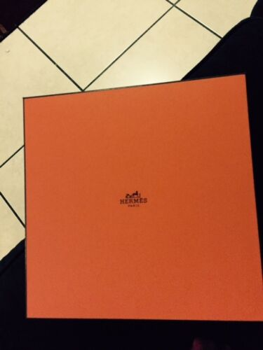 HERMES-EMPTY-BOX- ONE -NEW- 10-X-10-X-3-3-4-TISSUE-SOFT-PILLOW-INCLUDED