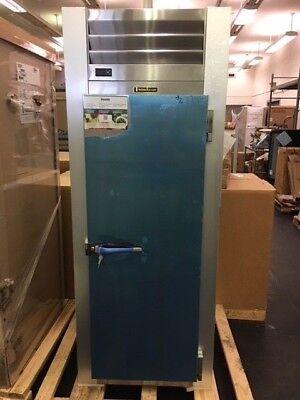 Scratch Dent Traulsen G10010 Reach-in Refrigerator With Full Height Door
