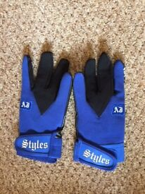 AJ STYLES WWE WRESTLING GLOVES LIKE NEW